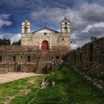 Rutas turísticas : Ayacucho, ciudad de los templos